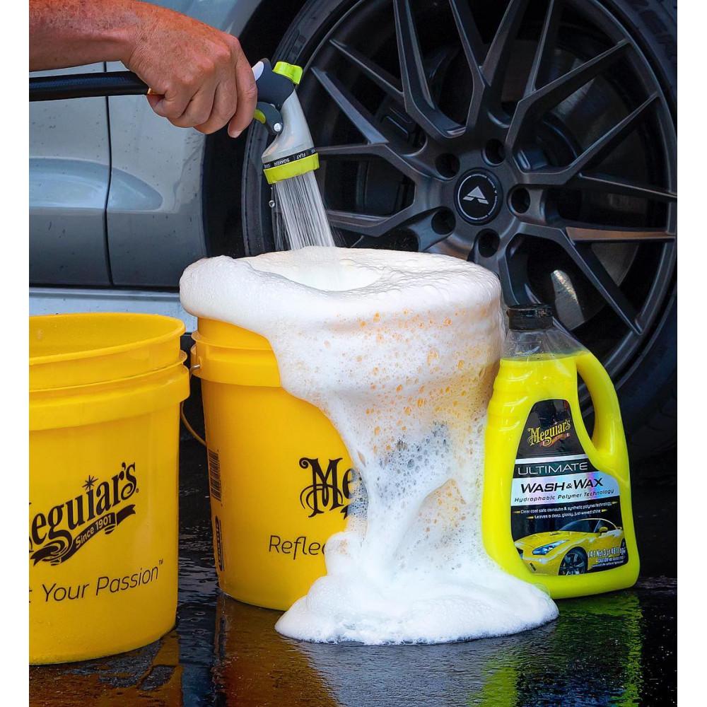Luxusný, najkoncentrovanejší autošampón s prímesou karnauby a polymérov - Meguiar's Ultimate Wash & Wax, 473ml