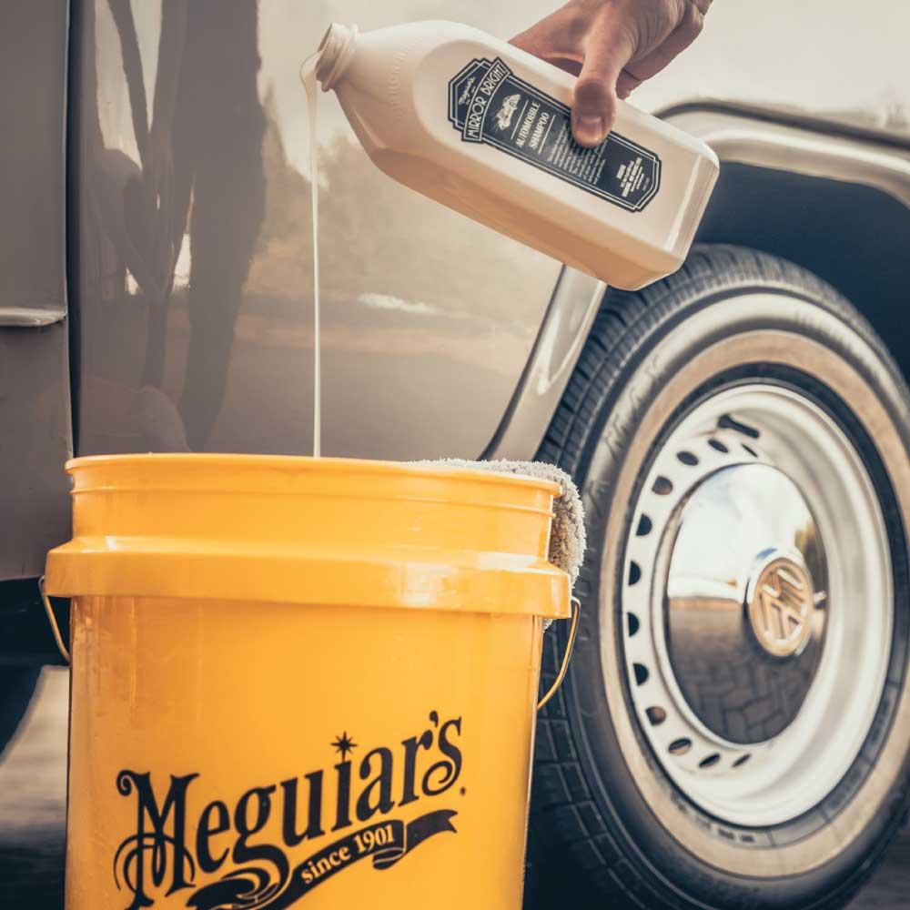 Autošampón s voskom - Meguiar's Mirror Bright Automobile Shampoo, 1,4 l