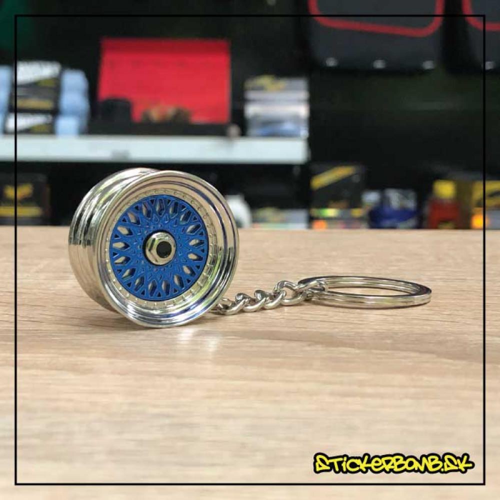 Prívesok na kľúče - Liate koleso BBS modré
