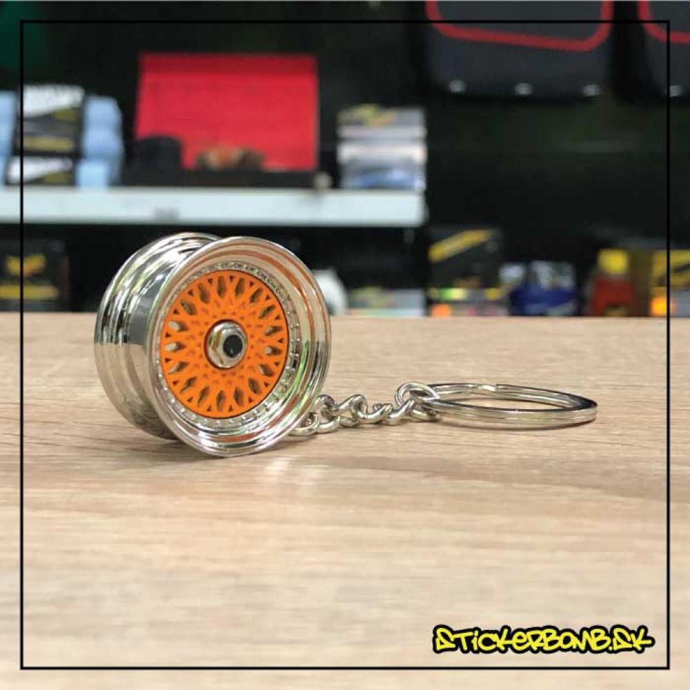 Prívesok na kľúče - Liate koleso BBS oranžové